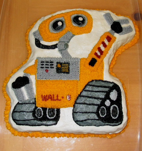 E Birthday Would Be Complete Without A WALLE Cake Right
